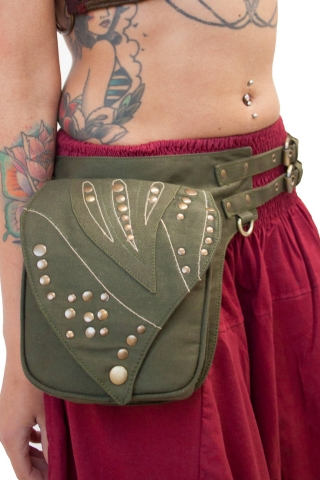 Large Leaf Festival Pocket Belt with Studs in Green - Leaf Stud Belt (AYALEB) by Altshop UK